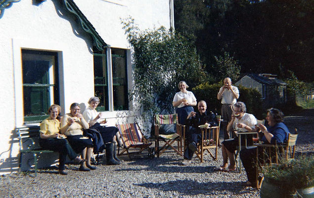 outside invervoe house 5.JPG