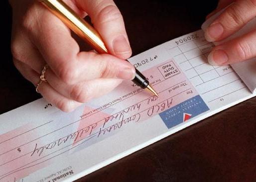 Atraso na quitação de parcela de acordo por demora na compensação do cheque gera multa e vencimento