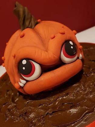 Cute Pumpkin Cake