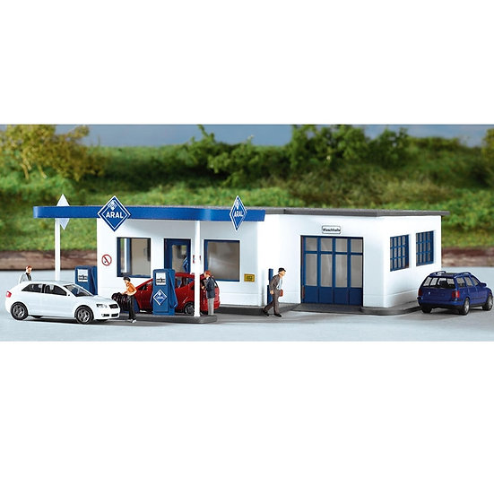 HO / 1:87 - Germany Train Model Building  61827 Gas Station Building Model ABS