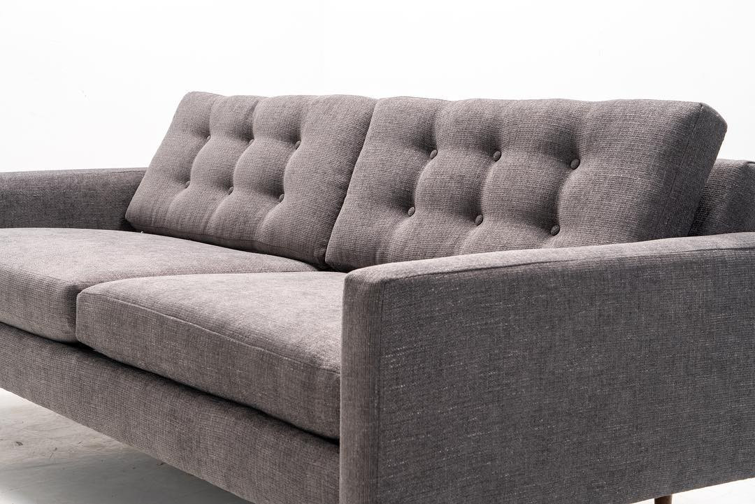 Carpinteria sofa