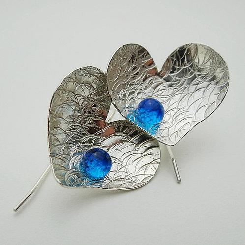 Pendientes Corazón Perla de Vidrio Azul Baño de Plata 925