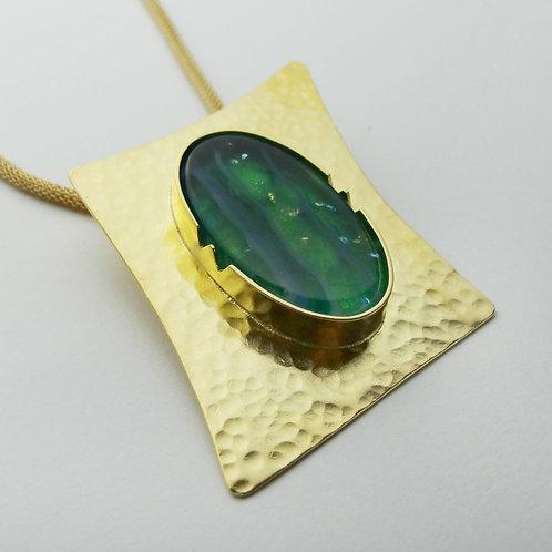 Collar Verde Esmeralda Asimétrico Baño de Oro 24KT