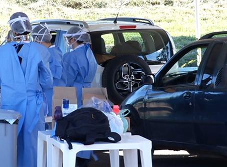 """Regiões do DF prestam serviço """"drive thru"""" para testagem do coronavirus"""