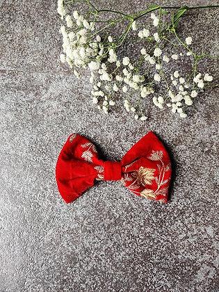 Crimson Wonder Single Bow