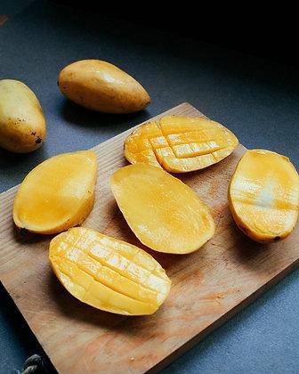 Premium Ratnagiri Mangoes