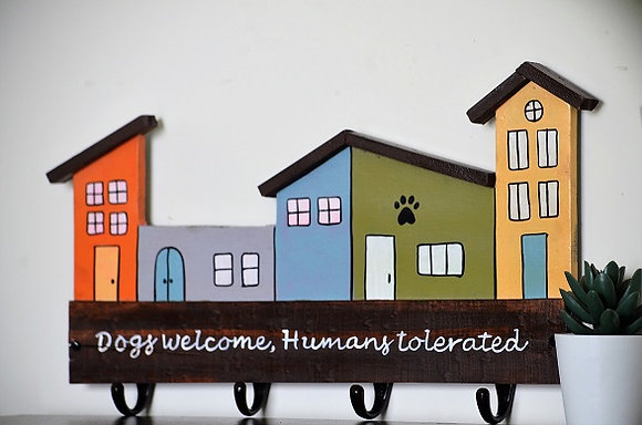 Dogs Welcome, Humans Tolerated Leash Holder