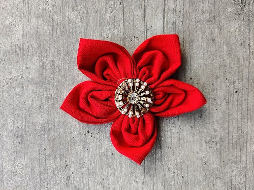 Spanish Camine Festive-Flower Bow with Gold & Pearl Button