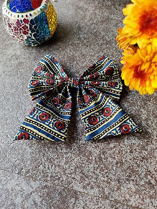 Aegean and White Sailor Bow