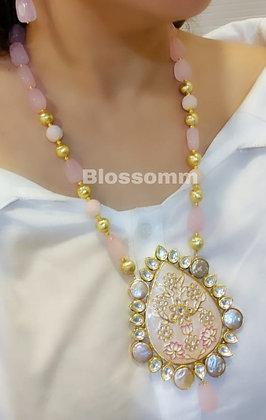 Neckpiece With Earrings