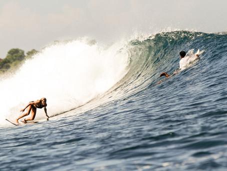 Surfer Girls: wieso erobern weniger Frauen die Wellen?