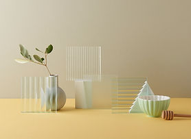 Glass 001.jpg