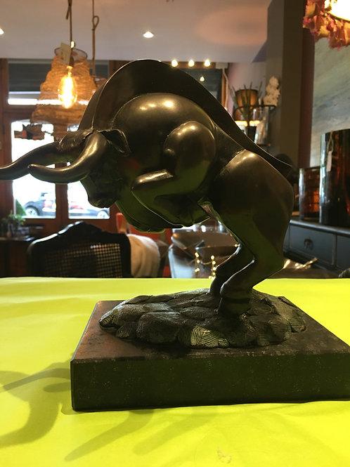 Bronze Bull (2006) Frans van Straaten