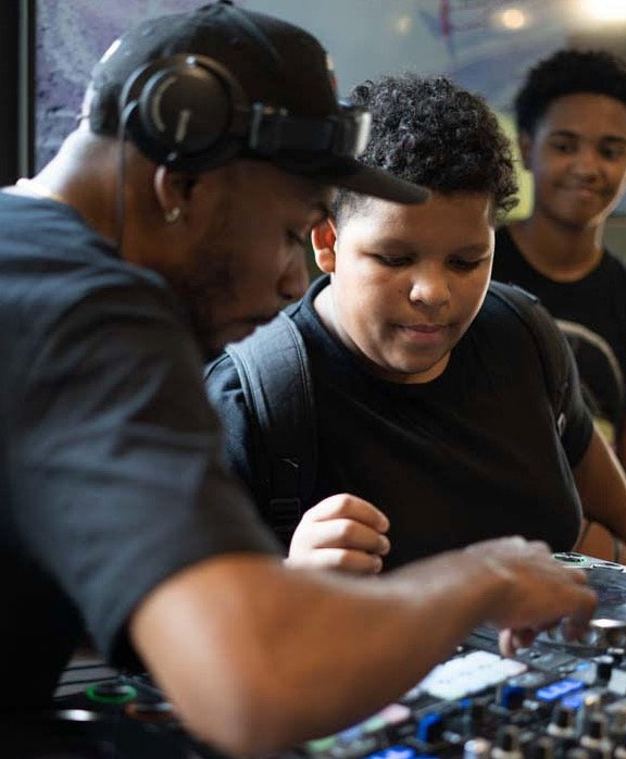 Basic 1 Hour Virtual DJ Lesson
