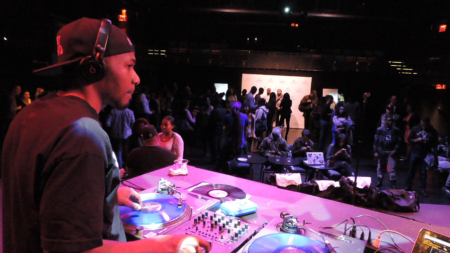 DJ ERNZ DJ BATTLE 2016
