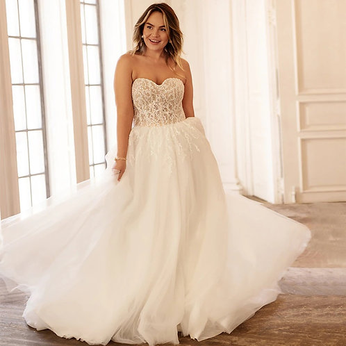 Strapless Sweetheart Lace Beaded Corset Plus Size Wedding Gowns