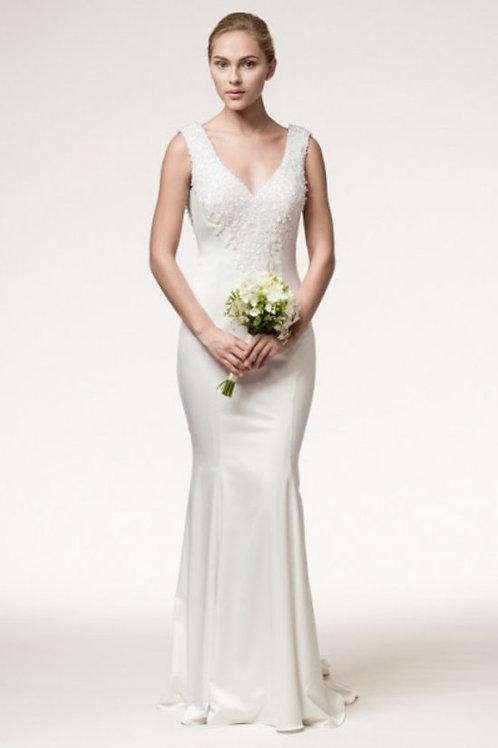 Lace Embellished V-Neck Mermaid Wedding Gown