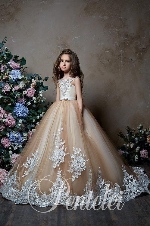 2307 Pentelei Flowergirls Dresses