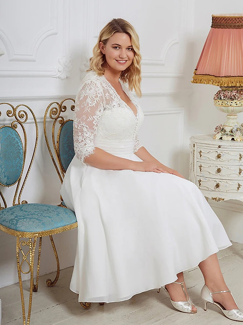 Chantilly Lace Mid-Sleeve T-Length Plus Size Gown