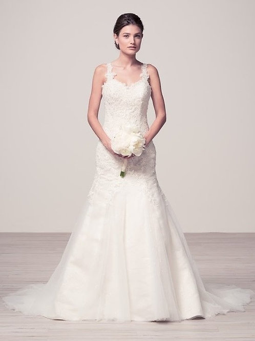 Shoulder Strap Sweetheart Lace Trumpet Wedding Gown