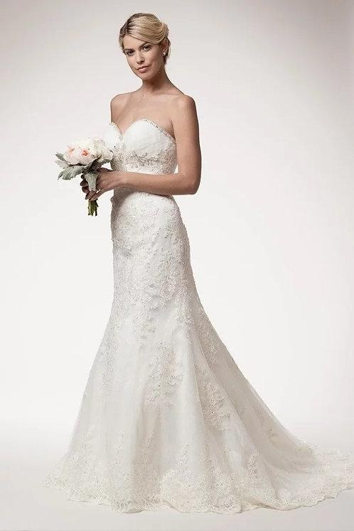 Beaded Sweetheart Neckline Lace Mermaid Wedding Gown