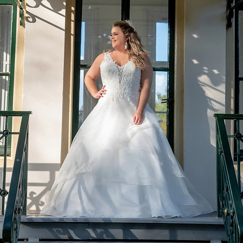 Sheer Lace Plunged Sweetheart A-Line Plus Size Gown