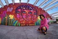 As muitas faces da artista Panmela Castro