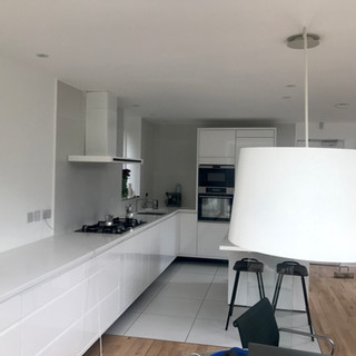 Minimal kitchen design with Twiggy lamp