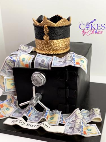 Money Safe cake