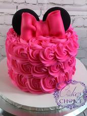 Minnie theme cake