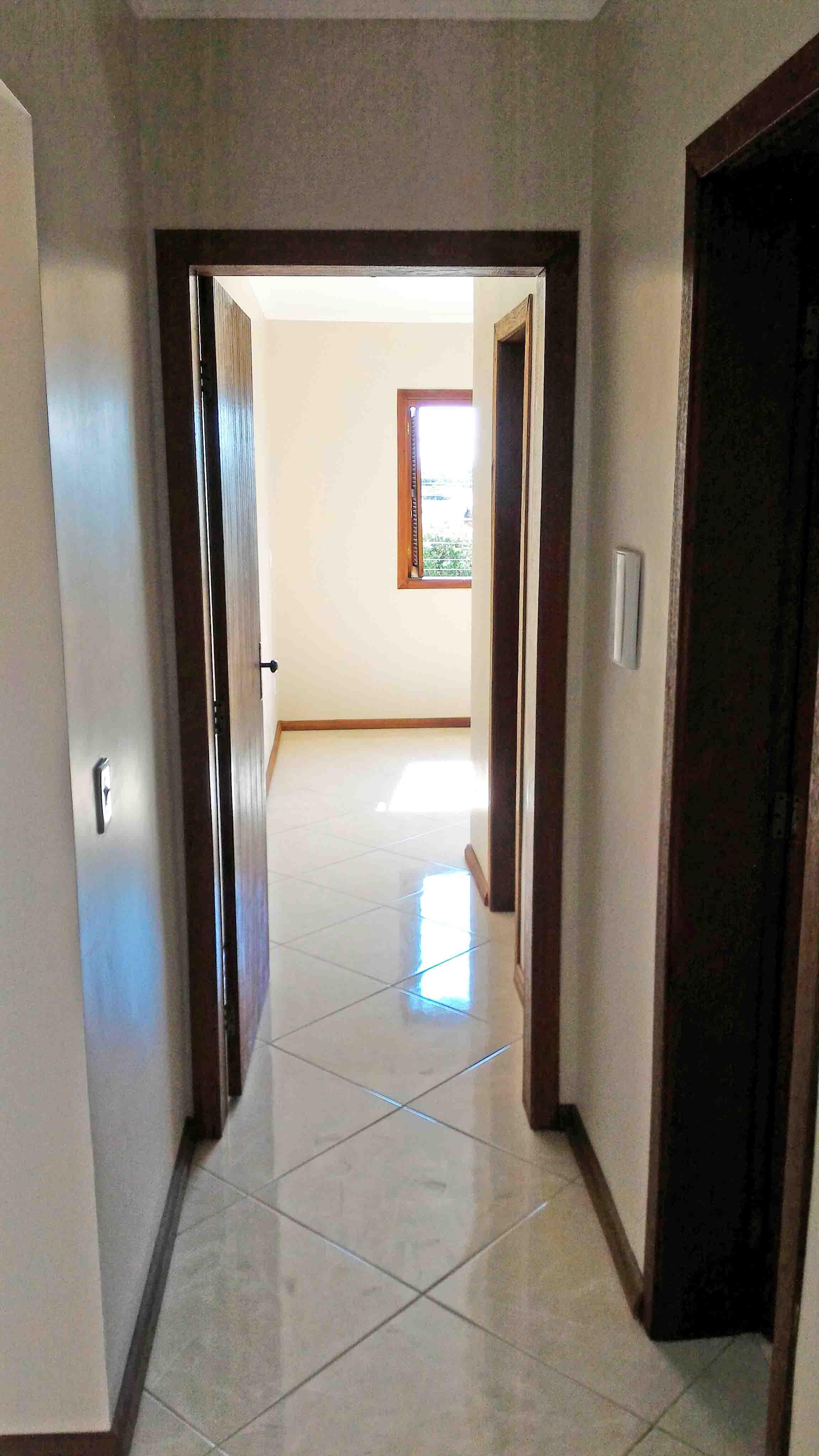 Ap201-corredor-suite-casal