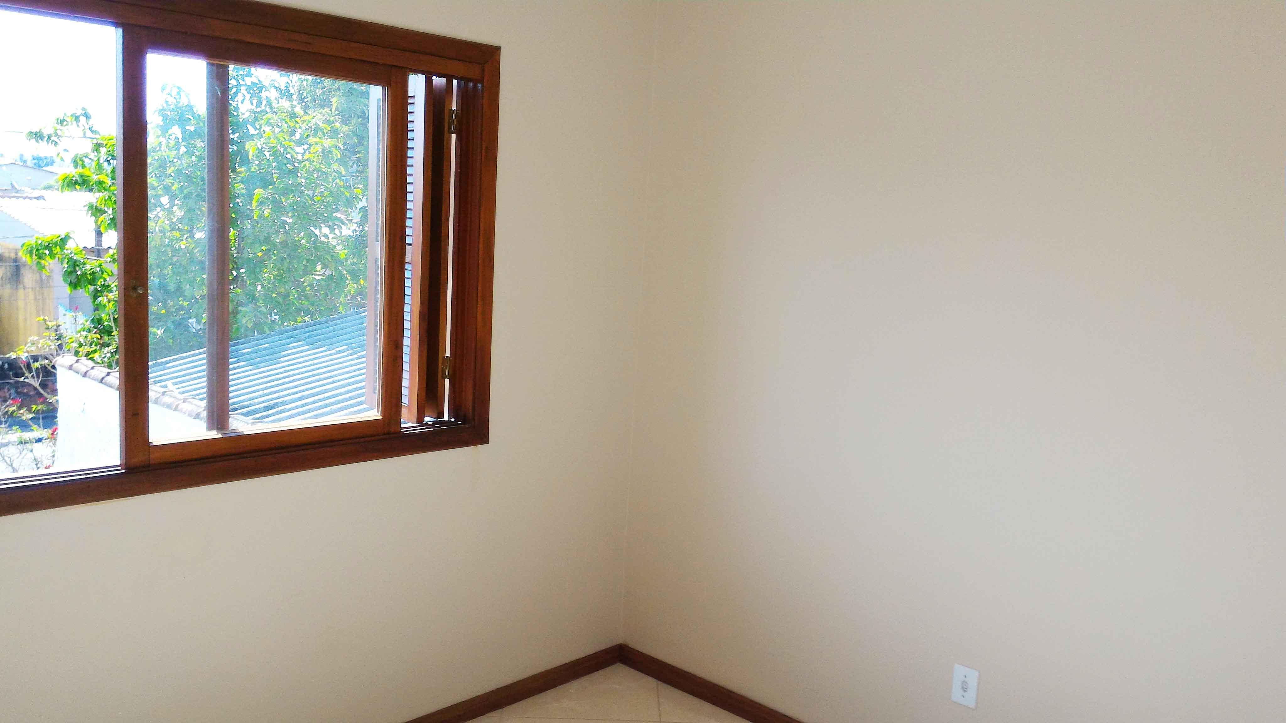 Ap201-janela-suite-tomada