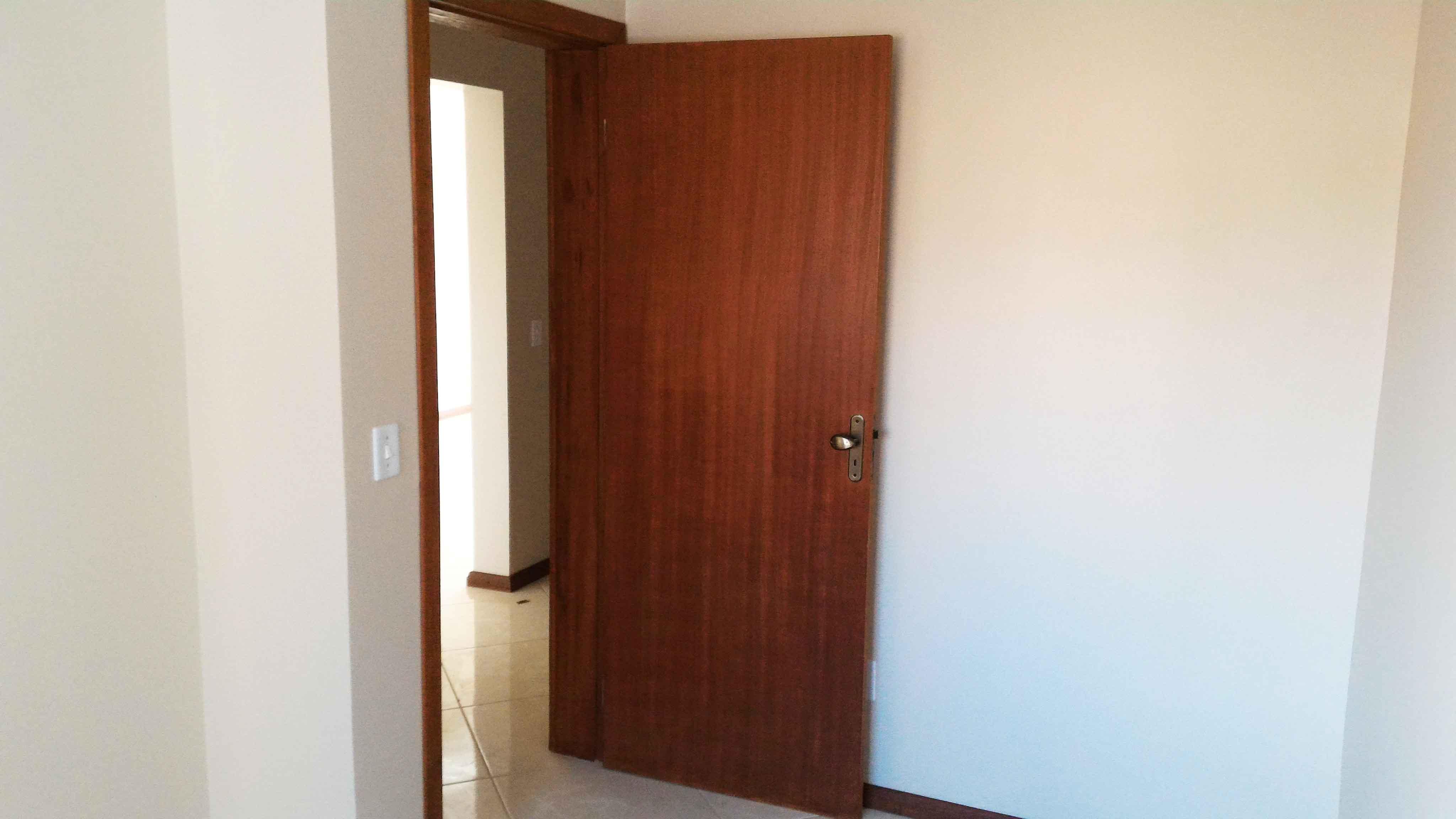 Ap201-porta-quarto-solteiro-esquerda