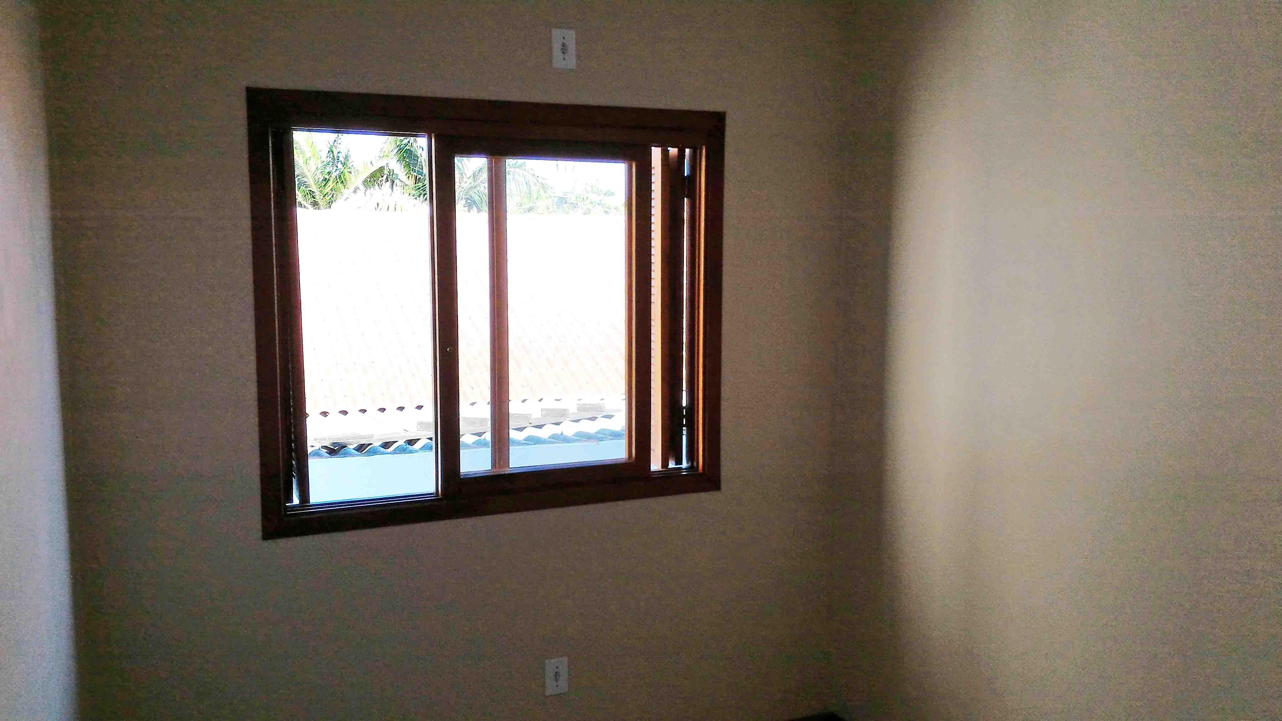 Ap201-janela-quarto-solteiro-esquerda