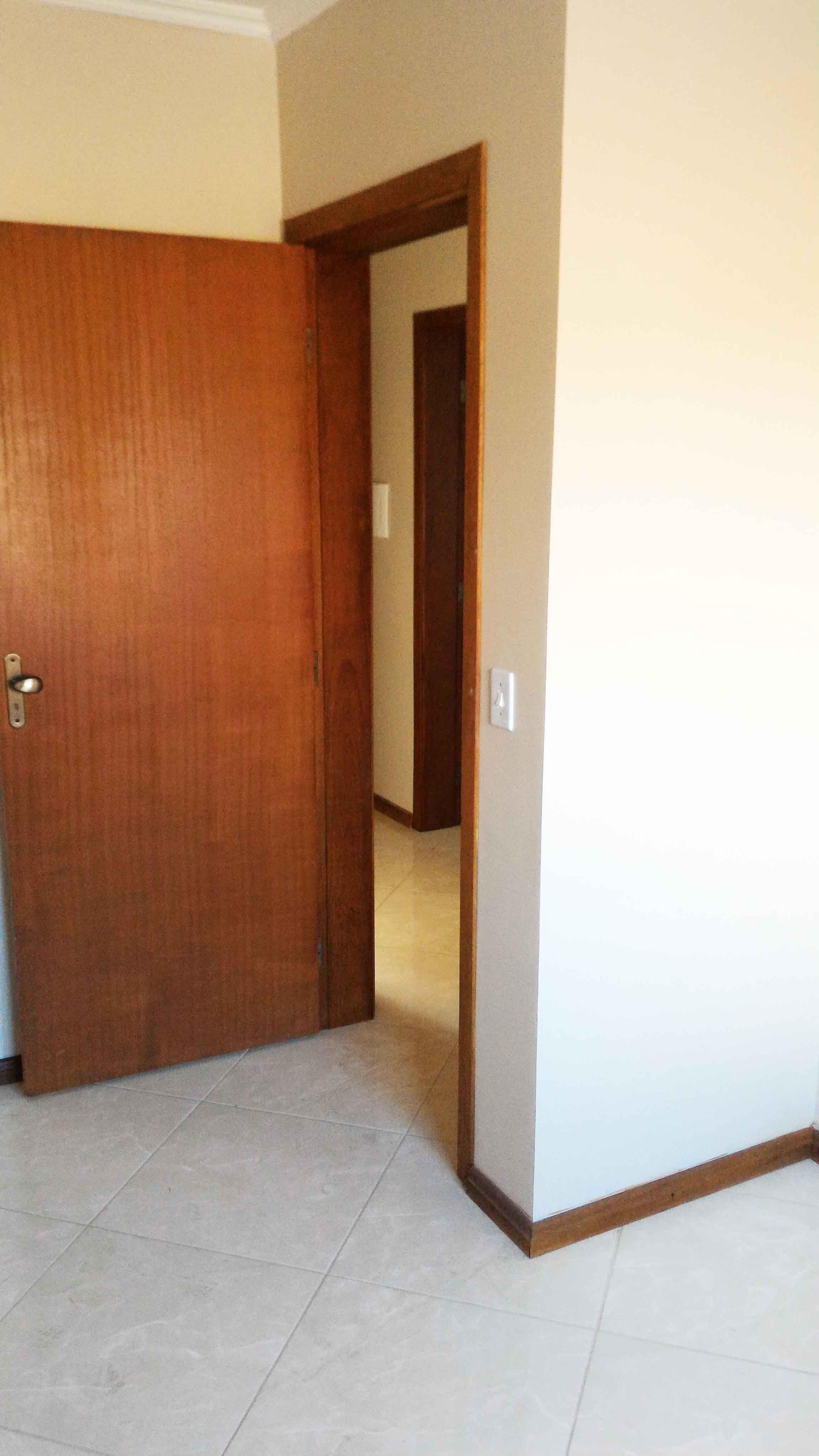 Ap201-porta-quarto-solteiro-direita