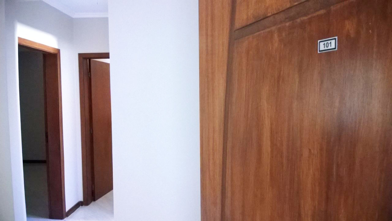 Porta do apartamento 101