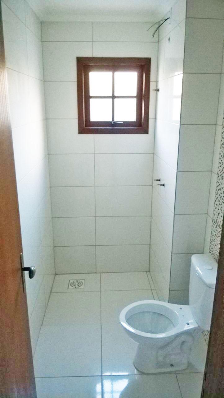 No banheiro do Apto102