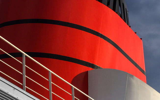 Cunard colours