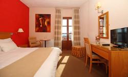 PARNASSIA HOTEL ROOM 6
