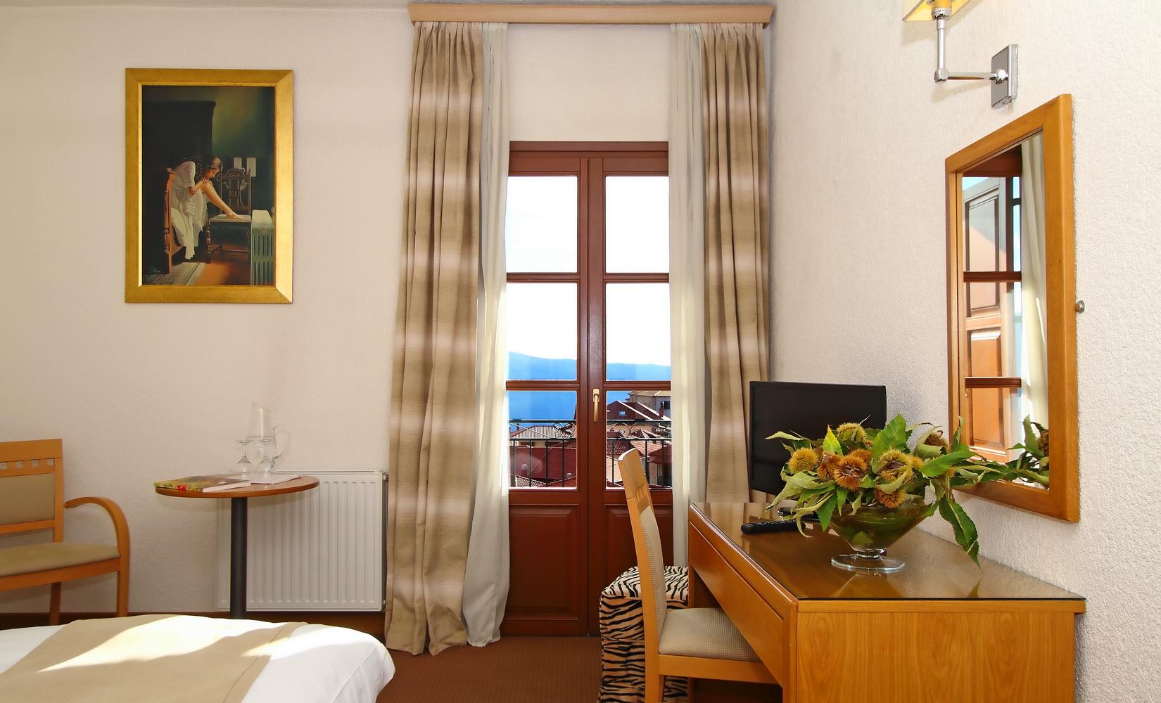 PARNASSIA HOTEL MOUNT VIEW
