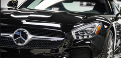 SW 900 Gloss Black car