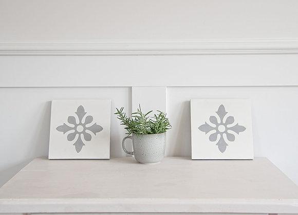 Decorative Hamptons Floral Tile