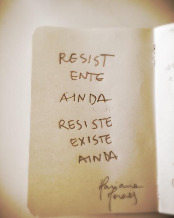 Resist(ente)