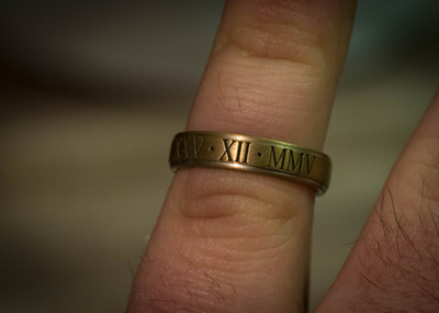 laser-jewelry-engraving