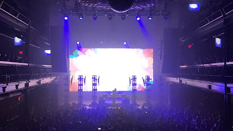 Laser show with Kaskade in Concert in San Jose CA