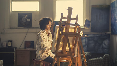 Chevalets d'ateliers, palette pour couleurs, godets, couteau à peindre pour artistes