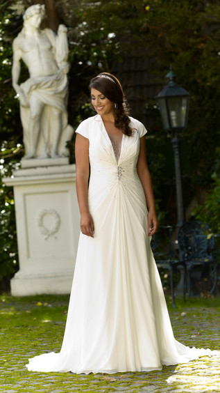 Sonsie Gown Preview 3 - Ask for more details