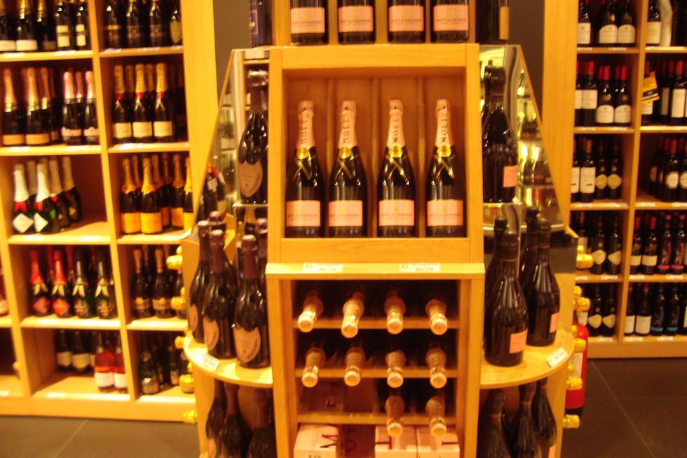 Storage display