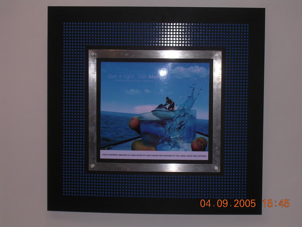 Wall frame backlit
