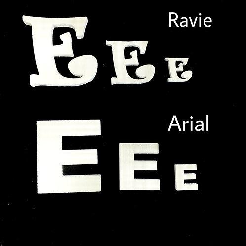 Letra E Tipografia ARIAL o RAVIE